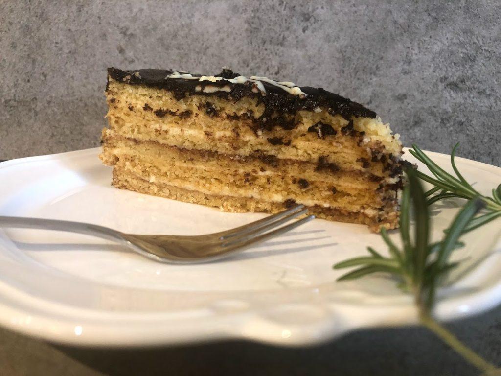 dziadowski placek – ciasto, które przygotujesz nawet tydzień przed imprezą
