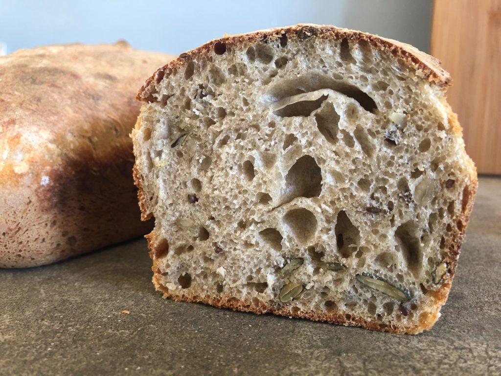 chleb na zakwasie 3- z ziarnami
