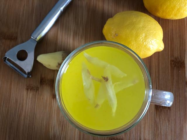domowy kisiel łagodzący ból gardła  -imbir – kurkuma- cytryna